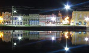 Las noches en el Centro Histórico de Laguna.