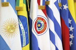 Banderas de los países pertenecientes al MERCOSUR